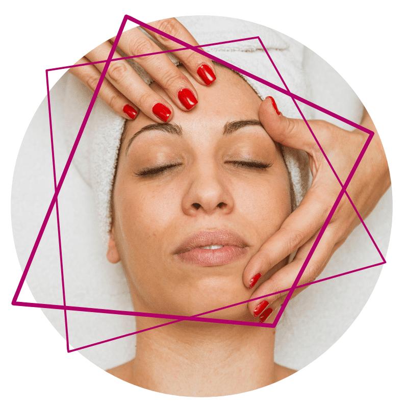 Gesichtsbehandlungen Klärende Teeniebehandlung